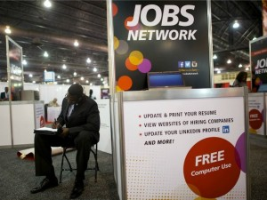 looking-for-jobs-Reuters-640x480